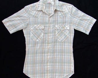Vintage 1970s LEVI'S Western Shirt ~ size S ~ Cowboy ~ Plaid ~ Snap ~ Made in USA