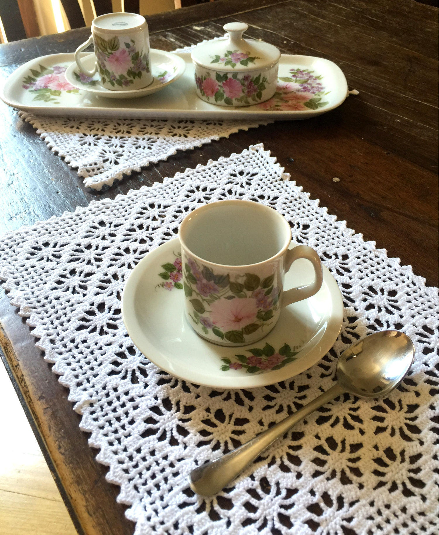 Table placemat set dining table mats white placemats table for Dinner table placemats
