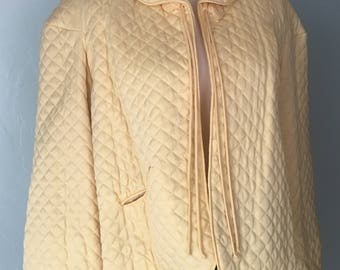 1950s Vintage Quilted Bed Jacket Top Barbizon Puffet Crop Soft Yellow XS 50s
