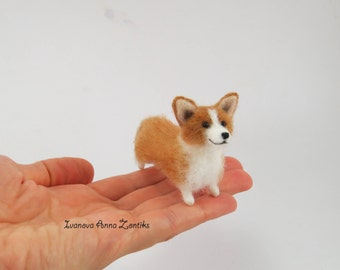 Welsh Corgi miniature felt toy needle felted animal  tiny soft sculpture miniature dog needle felted Corgi Dog tiny dog blythe miniature