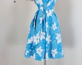 1950s Style Dress - Blue Floral Cotton - Sleeveless - Fit Flare Sundress - Belted - Pockets - Spring Summer - 70s does 50s - Size Medium/L
