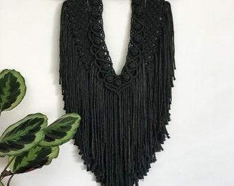 Black macrame wallhanging, macrame, wallhging, modern macrame, black macrame, bohemian decor, modern bohemian, yarn art, retro decor.