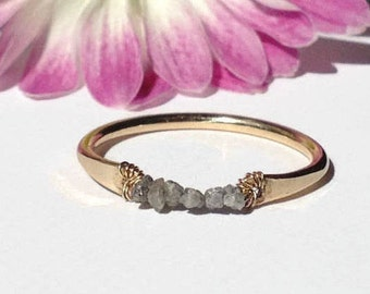 Rough Diamond Ring-Raw Diamond Ring-Uncut Diamond Ring-Stackable Gemstone Rings for Women-Minimalist Gold & Diamond Ring-Gemstone Bar Ring