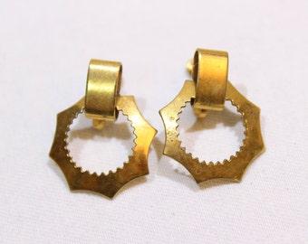 Vintage Gold Tone Industrial Clip On Earrings, Octagon Earrings, Spirograph Disc Earrings, Clip On Screw On Earrings