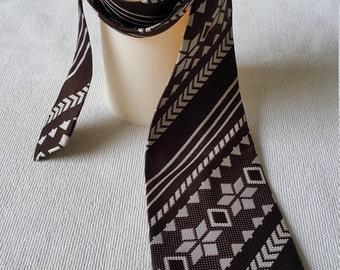 Vintage Mens Neck Tie, Brown Trevira Neck Tie, 1970's Necktie, 1970s Mens Fashion, Mad Men Style Neck Tie, Skinny Neck Tie