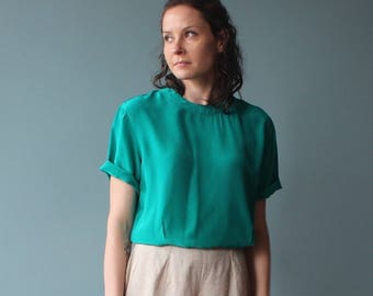 vintage silk top | green silk tee | 1990s small - medium