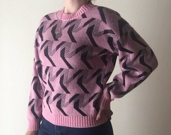 New Wave Sweater | 80s vintage geometric tessellation print black // pastel pink goth ribbed o neck chunky knit long sleeve pullover jumper