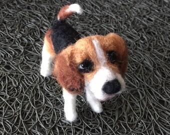 needle felted Beagle, needle felted animal, pet portrait, beagle sculpture, home decor