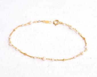 14K Gold. Moonstone & Freshwater Pearl Bracelet,  Delicate Gold Bracelet, June Birthstone Jewelry, Holiday Gift for Her, Weddings