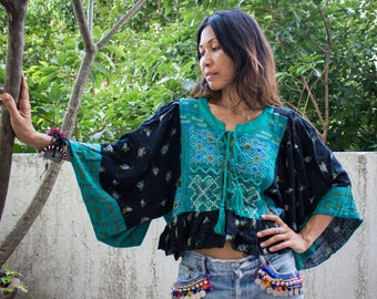 Bohemian Gypsy Blouse/Embroidery Blouse/Festival Flora embroidery Blouse/Kimono Sleeve Blouse 2 colors Beight and Black.