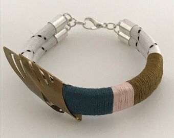 Wild Embrace (Small) Bracelet Midnight