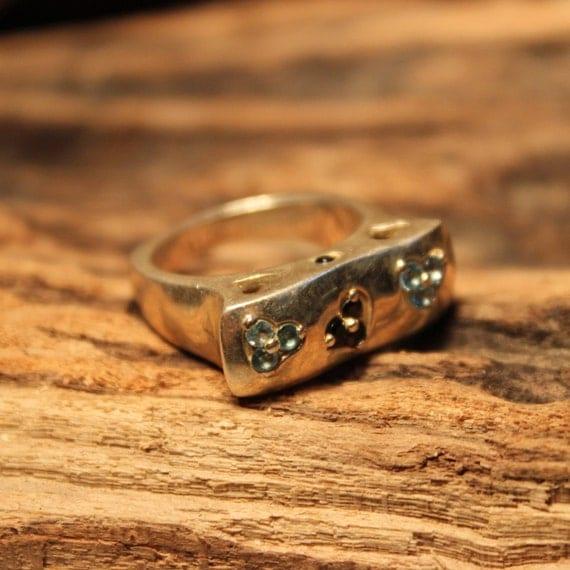 Vintage Aquamarine Garnet Ring Size 7 Sterling Silver Ring 8.6 Grams Ladies Ring Ladies Vintage silver rings Womans vintage rings heart Ring