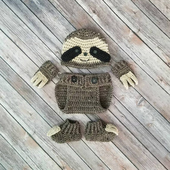 Darling baby sloth outfit
