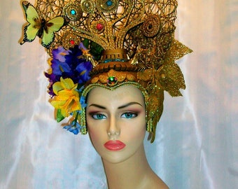 Tree of life in a Paradise Headdress