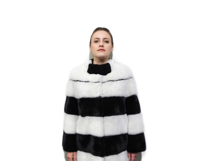 Luxury Black and White Mink Fur Coat F788