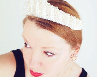 Vintage White Pearly Bead & Rhinestone Bridal Wreath Tiara