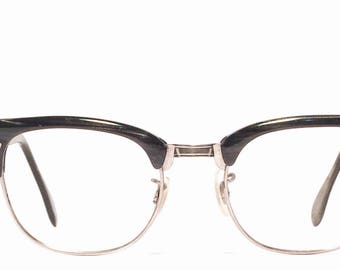 Vintage eyewear. Made in USA 1950's. Classic Midcentury style. Black wood grain on silver metal. Hip Techie Cool frame!