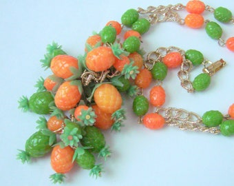 Vintage Colorful Fruit Salad Coral & Green Bead Necklace / Hong Kong Vintage / Jewelry / Jewellery