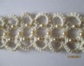 Beautiful Cream & Pearl Tatted Bracelet