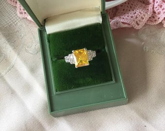 Antique Art Deco vintage Gold Ring with Citrine and Sapphire White stones ring size 9 or S