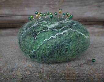 Felted Pin Cushion, Felted Wool Pincushion with Pins, Modern Felt Pin Cushion, Green Wool Pincushion