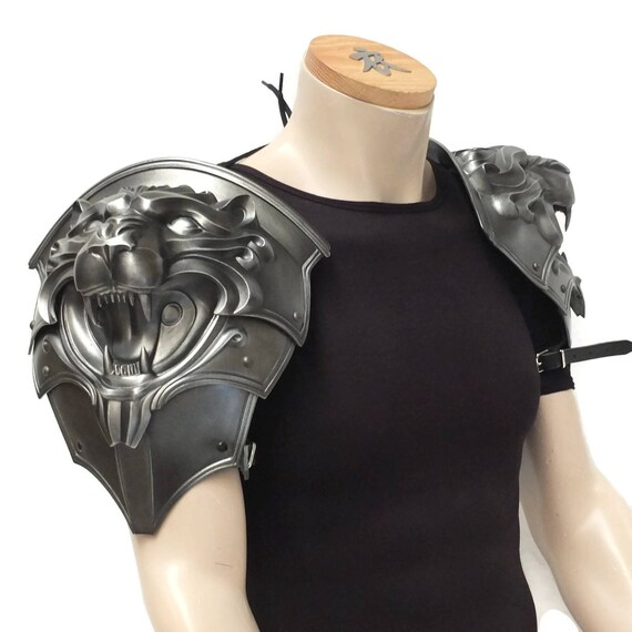 Larp Armor, Fantasy Lion Head pauldrons. Cosplay armor, Skyrim, Witcher, Game of Thrones