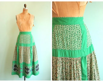 Vintage 1970's Green Quilted Floral Skirt | Size Small