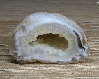 Mini Natural Occo Agate Cute Geode with Crystal Cave