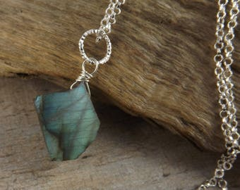 Natural raw labradorite gemstone pendant~gemstone necklace~wire wrapped pendant~sterling silver pendant~gemstone jewellery~layering pendant