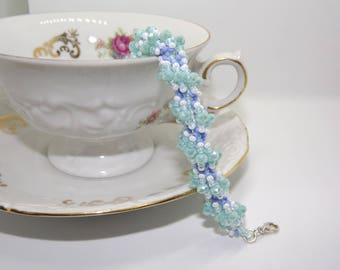 Beaded Cuff/Bracelet/handmade bracelet with blue water/glass/crystal Bracelet Beads bracelet/Handmade bracelet