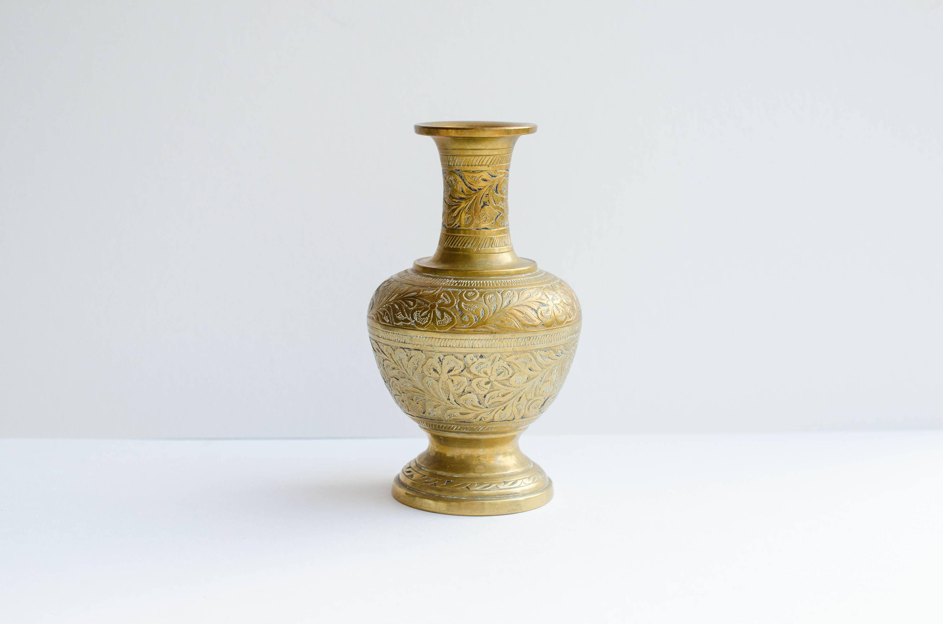 Vintage solid brass vase hand engraved floral motif vase made vintage solid brass vase hand engraved floral motif vase made in india reviewsmspy