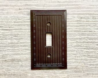 Single Switch Plate COVER Vintage SA Toggle Bakelite Brown Smoothie Art Deco