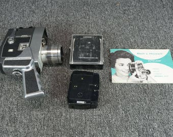 Vintage Bell & Howell 8MM Movie Camera Model 417 With Carrying Case