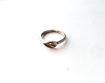 Vintage 925 Sterling Signed Calla Lilly Wrapped Around Ring Size 6