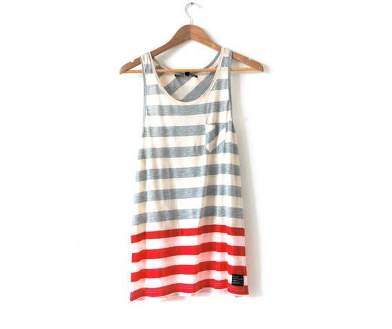 B Side Red stripe vest