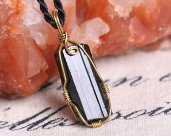 Raw Black Tourmaline Pendant,Healing Crystal Pendant ,Black Tourmaline pendants ,Black Tourmaline necklace healing + Free Jewel Case J816