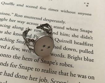 Harry Potter Stars Filigree Ring / 3 Tiny Black Stars / Silver-toned / Adjustable  / Muggle, Witch, or Wizard Gift