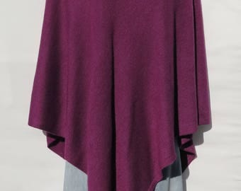 "100% Cashmere Knit ""V Neck"" Design Poncho Handloomed Tibetan High Quality Himalaya Cashmere Yarn - Solid Wine - N147.8538"