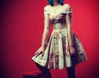 Vintage style flower print summer dress