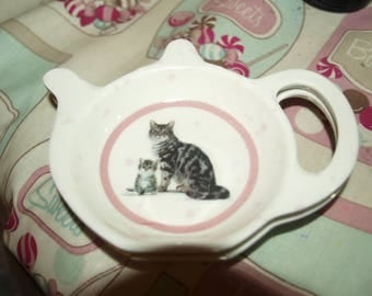 Grey and Black Cat and Kitten Tea Bag Rest