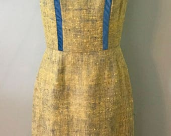 1950s Vintage  Mad Men Wiggle Dress