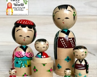 Japanese Kokeshi Nesting Dolls, Vintage Japanese Bobble Head Dolls, Retro Wooden Nodder Family from Japan, Set of Six Dolls, MINT w/ Box!
