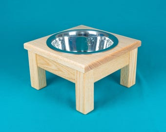 Elevated Dog Feeder, With Single Two Quart Bowl, Solid Oak Wood