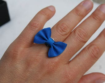 With blue bow Adjustable ring
