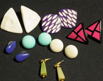 Vintage plastic pierced earrings, triangle earrings, round earrings, square earrings, 7 pair of vintage earrings, mid-century earrings