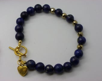 beautiful Amethyst bracelet with 8 mm purple elastic with a heart