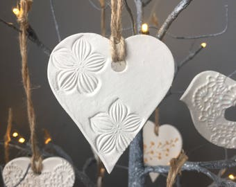 Floral clay hanging heart (small)