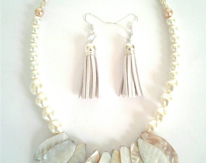 Pearl Cream Beaded Necklace, Marble Stone Feather Necklace, Cream Tassel Earrings, Statement Piece, Cream and Rust, Retro Style, Jewelry Set