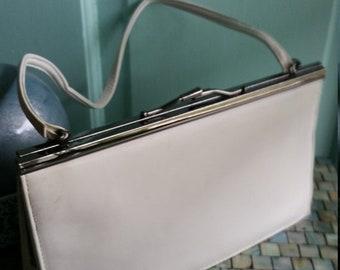 Spring Fling Naturalizer White Leather Handbag.