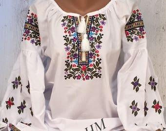 Vyshyvanka Embroidered Ukrainian Blouse, Boho Blouse, Bohemian Style, Romanian Blouse